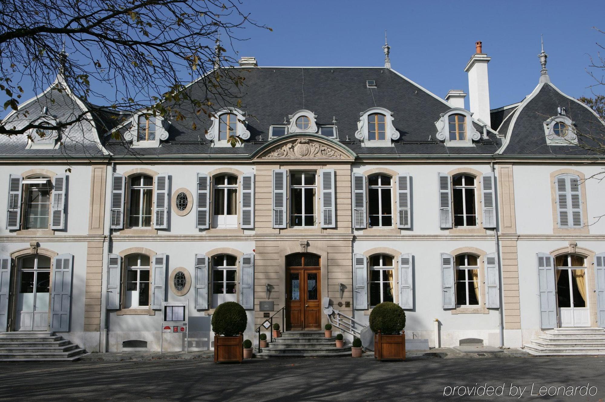 Hotel swissotel parc des eaux vives geneva geneva for Hotels geneve
